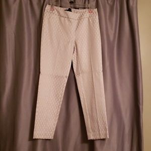 White house black market ankle capris size 0R
